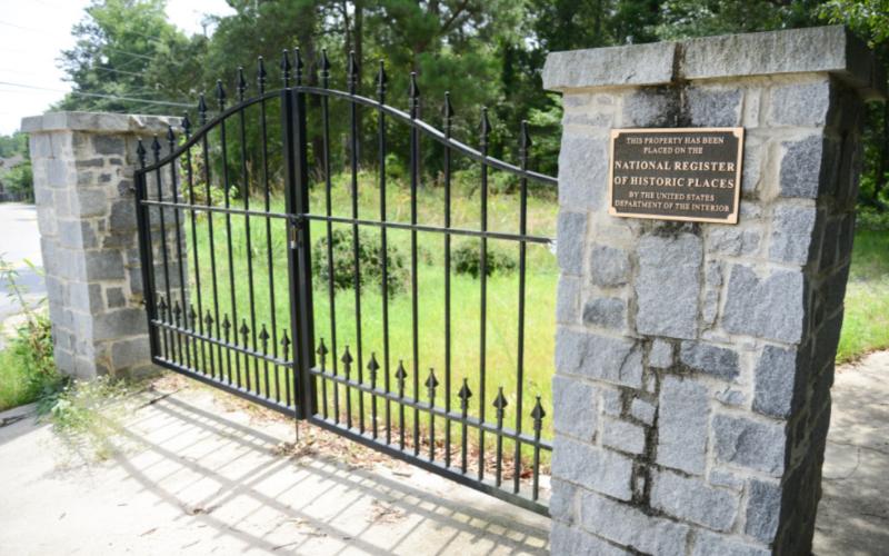 gospel pilgrim cemetery renovation dsi construction_2